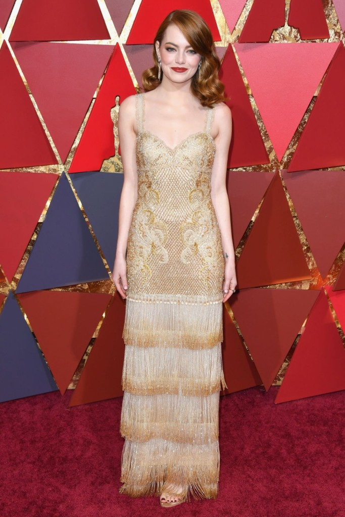 HOLLYWOOD, CA - FEBRUARY 26:  Actor Emma Stone attends the 89th Annual Academy Awards at Hollywood & Highland Center on February 26, 2017 in Hollywood, California.  (Photo by George Pimentel/FilmMagic)