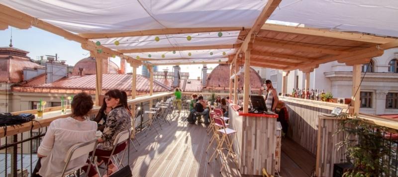 Pura-Vida-Sky-Bar-Hostel-Bucharest-19