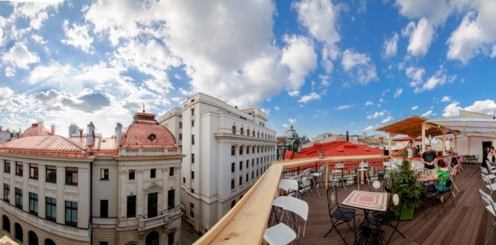 Pura-Vida-Sky-Bar-Hostel-Bucharest-84-720x356