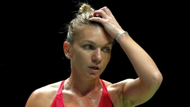 """Halep, după înfrângerea cu Wozniacki: """"Am greșit prea mult"""""""