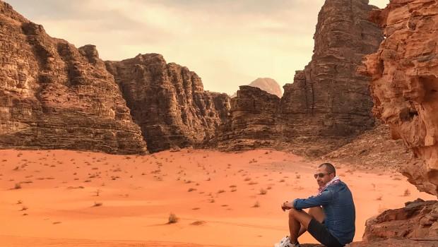 M-am întors în Iordania. Pentru că merită. Și pentru că Petra. Și deșert. Și plajă, și palmieri, și vin bun… Și zbor direct :-)