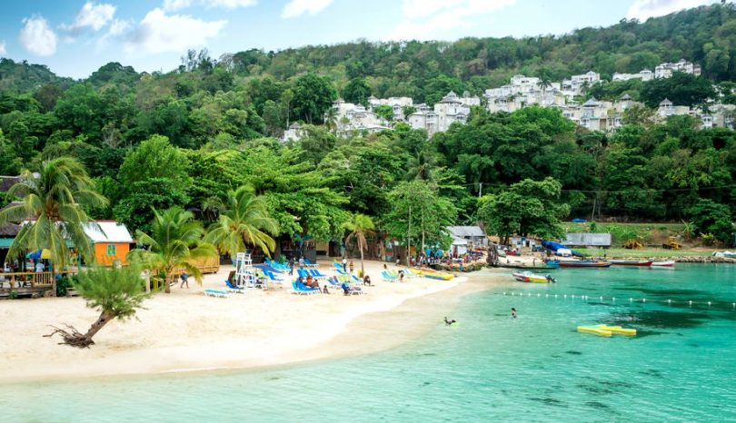 7-Bеѕt-Beaches-In-Jamaica-810x466